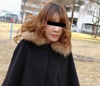 お酒だけが明日への活力というストレスを溜め込んだ人妻 会田早紀 34歳