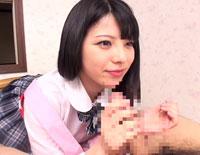 【エロ動画】同級生は人妻で、先生(夫)には内緒で潮吹き中出しさせてくれる優しい子 上原亜衣