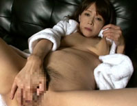 【エロ動画】美熟女壮絶イキ顔我慢 滝沢さゆり