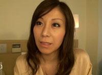 【エロ動画】「ザーメン×露出」ザーメンをかけられたまま露出をさせられて濡れる 秋野千尋39歳