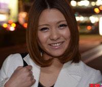 天然むすめ 公衆トイレでフェラ 秋吉里奈 22歳