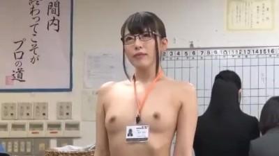 SODの健康診断で女子社員全員全裸にさせられるドッキリを隠し撮り