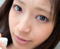 【エロ動画】成宮ルリ、素顔のままで精子飲む。