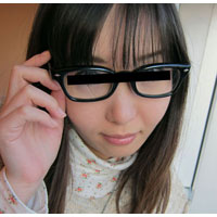 【無修正】真面目な学生メガネにおもいっきりぶっかけ:望月なつこ