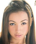 【エロ動画】世界的美少女。 挑発するグラマラス 美尻 若槻シェルビー