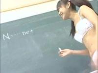 パイパンの無毛な美少女が教室でファック!橋久保さら