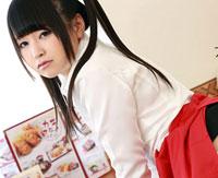 【木村つな 無修正 無料】パイパンのロリっ娘をハメる!カフェ店の制服コス!木村つな