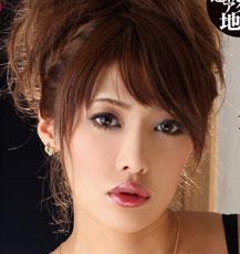 KIRARI 49 ~素人童貞のファン家にお宅訪問して、童貞を奪っちゃいました!?~ : セクシーオネエ様麻生めい