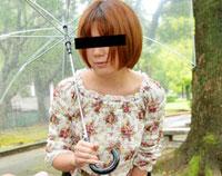 天然むすめ 飛びっこ散歩 ~パンツの中で暴れてる!~ 伊織彩香 21歳