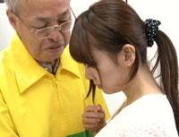 【エロ動画】ザ・万引き映像 バーコードハゲに抱かれる『堕ちた人妻』 宮地由梨香