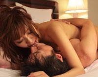【エロ動画】交わる体液、濃密セックス 源みいな